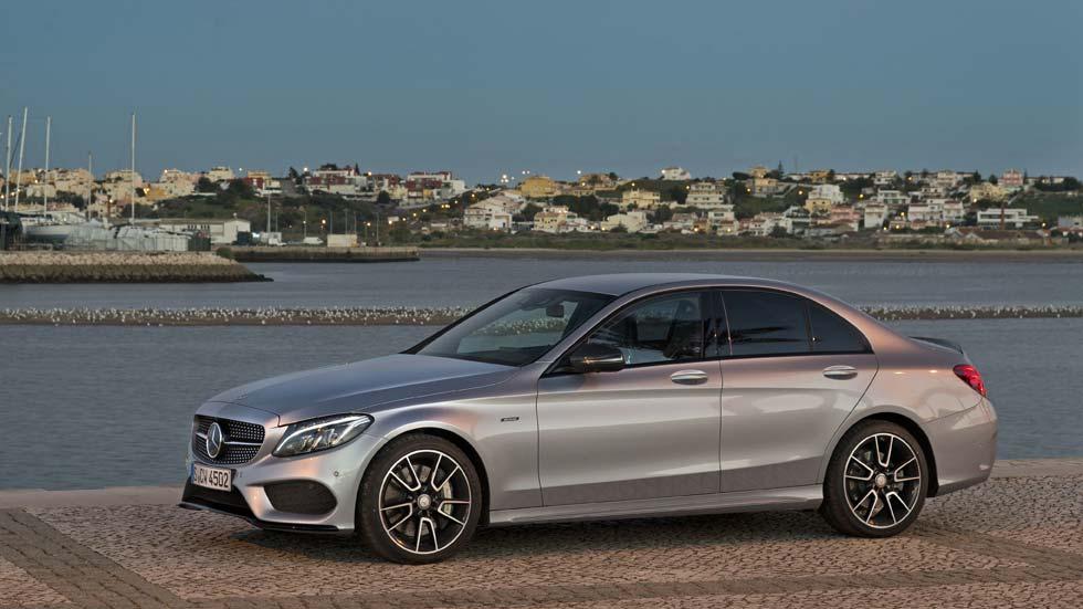 Precios de los Mercedes Clase C 220d 4Matic, 450 AMG y 350e