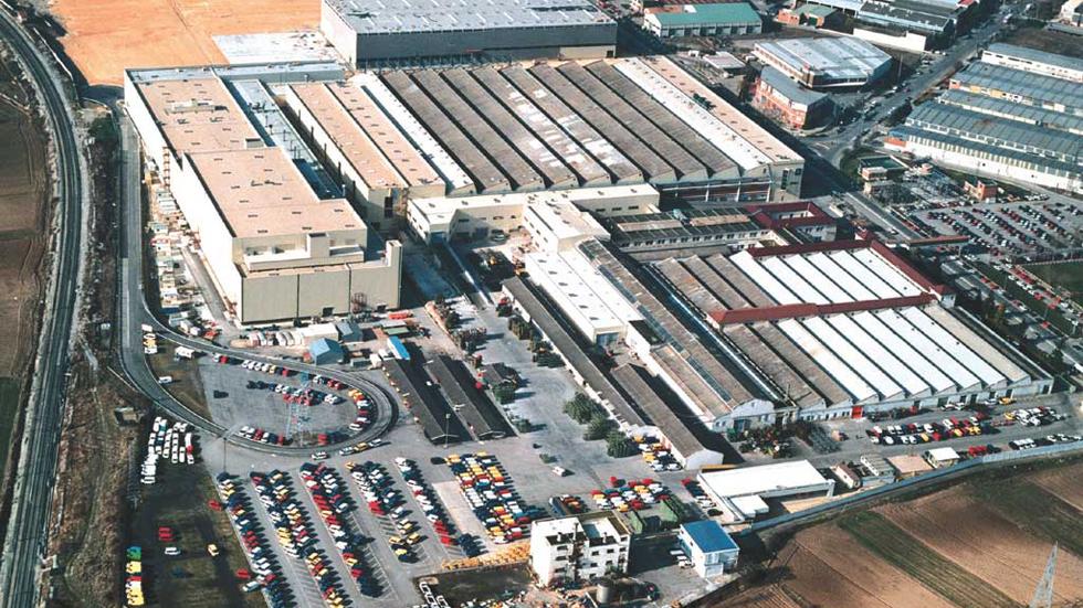 Mercedes invertirá 190 millones en su planta de Vitoria