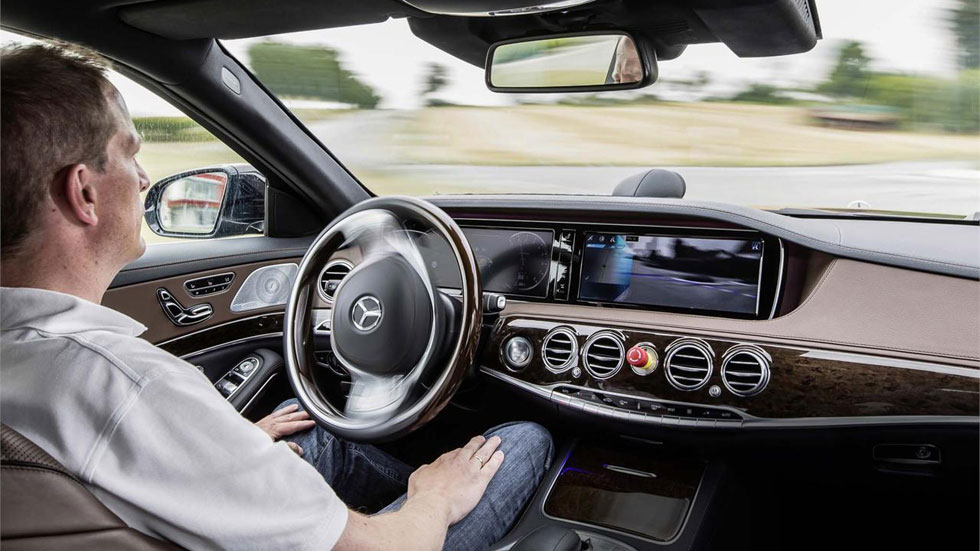 Mercedes S 500 Intelligent Drive, ¡va solo!