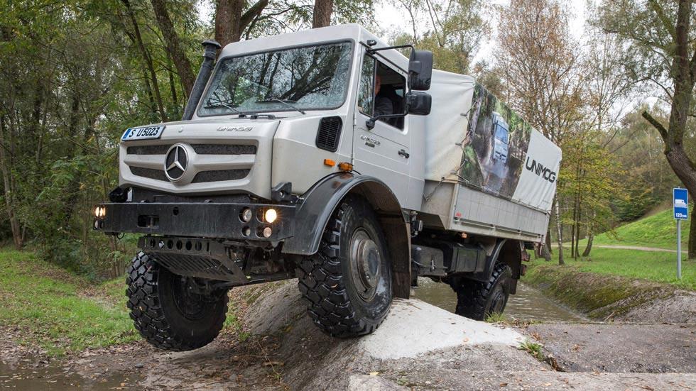 Primera prueba: Mercedes Unimog, navaja suiza sobre ruedas