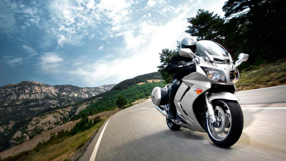 Las muertes en moto caen un 57%