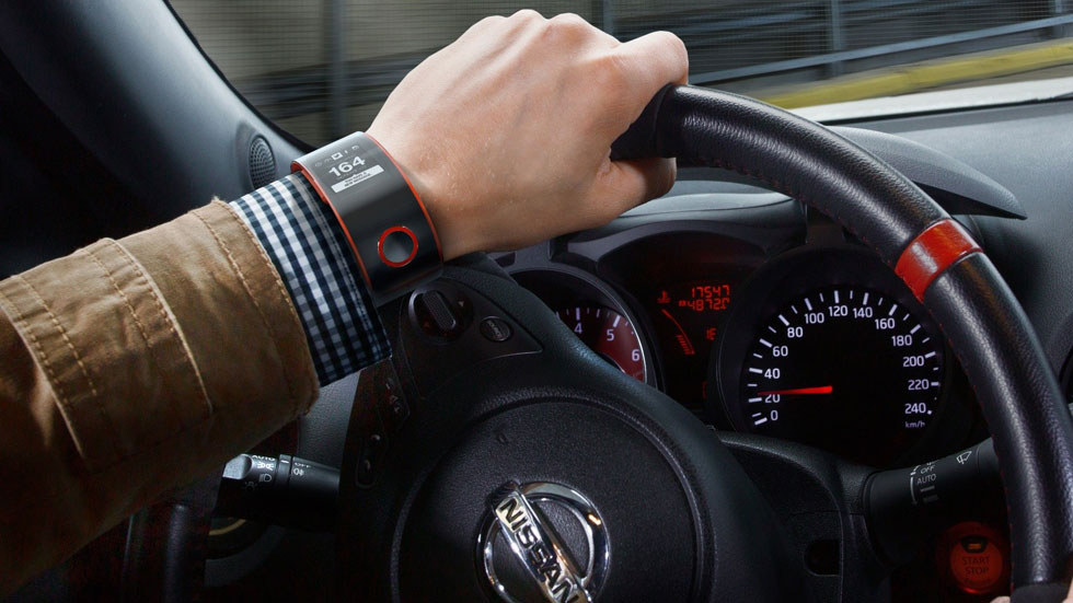 Reloj Nissan Nismo: conéctate al coche desde tu muñeca