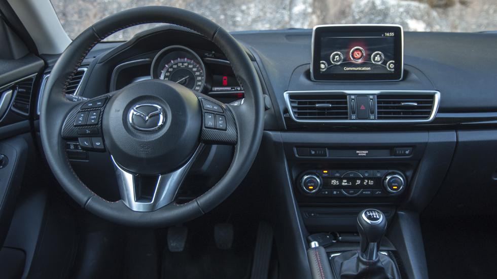 Nuevo sistema Mazda MZD Connect de conectividad