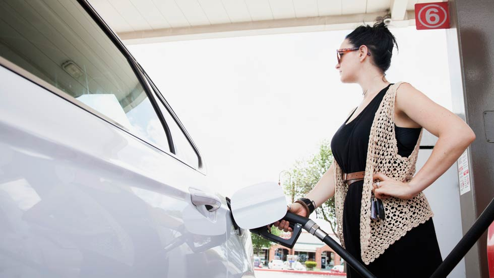¿Nos engañan con el consumo de los coches? Según la OCU, sí, y mucho