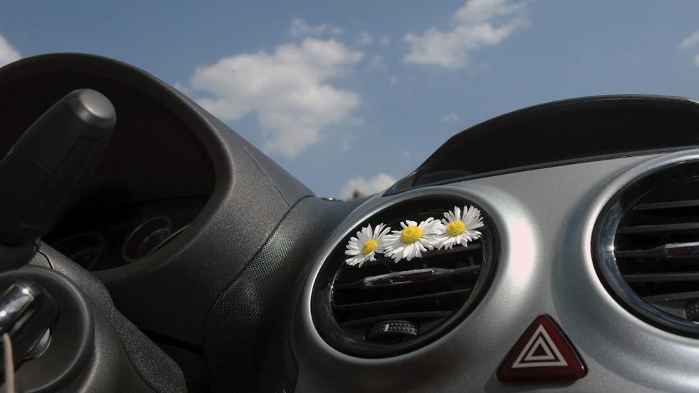 El olor de tu coche puede evitarte un accidente