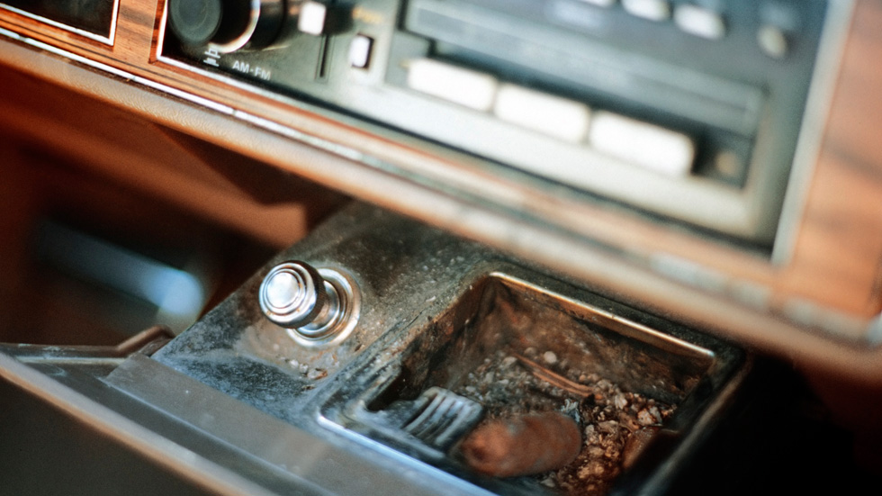 El olor a tabaco, el más desagradable para los conductores