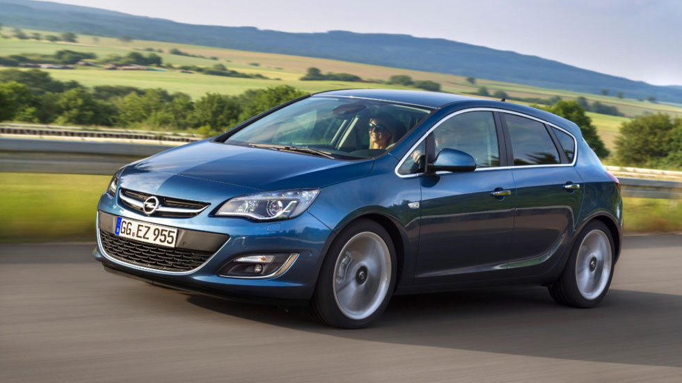 Opel Astra 1.6 CDTI 110 CV: 3,7 l/100 km