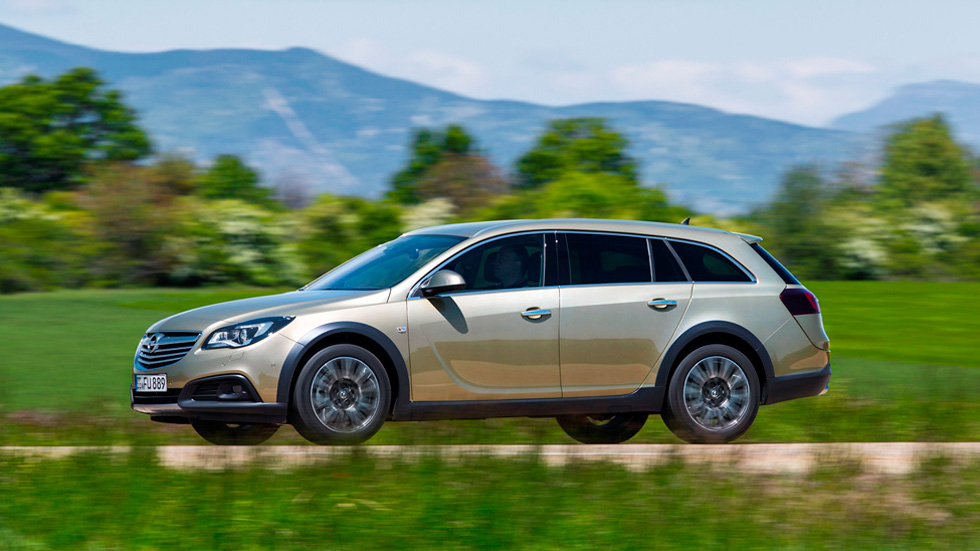 Opel Insignia Country Tourer, un familiar con aires de campo