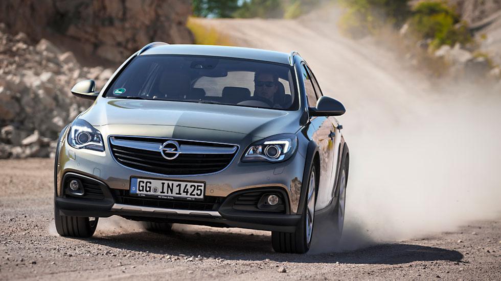 Contacto: Opel Insignia Country Tourer, listo para la pista