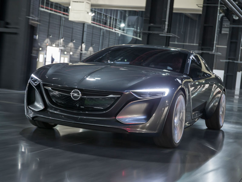 Opel Monza Concept, emblemático coupé