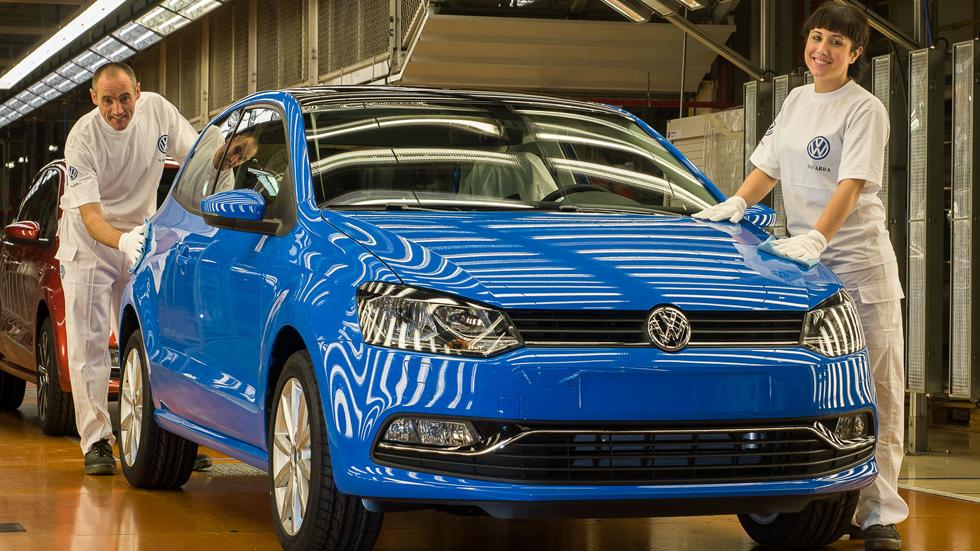 El Parlamento navarro exige al Gobierno retirar el recurso del IVA de Volkswagen