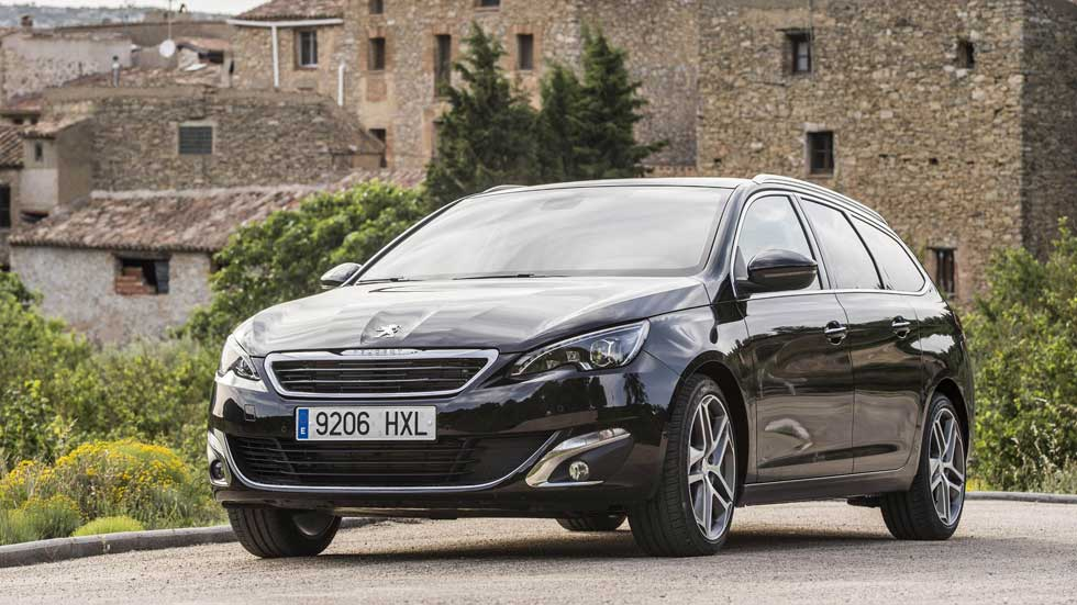 Peugeot y Fiat podrían fusionarse