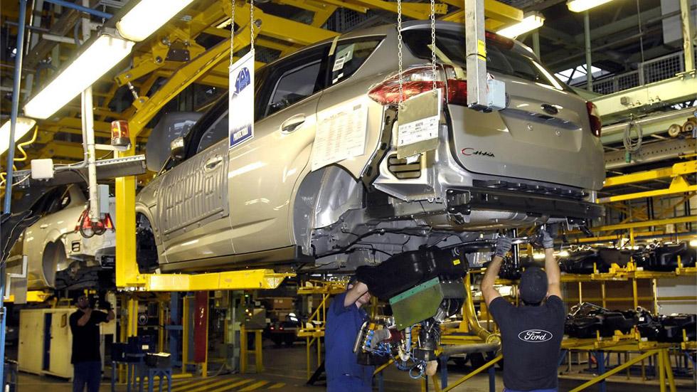 La plantilla de Ford acepta el convenio en Almussafes