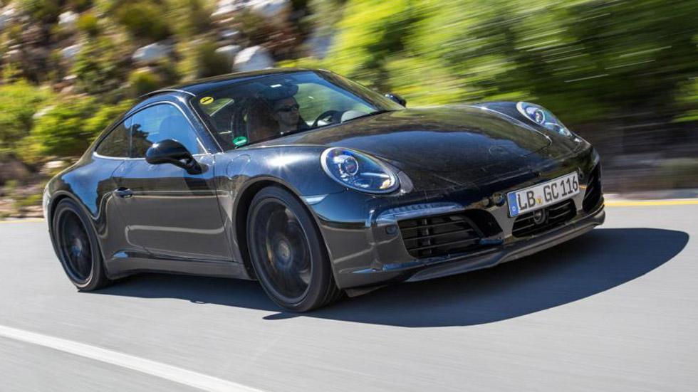 El actualizado Porsche 911 se deja ver en Sudáfrica