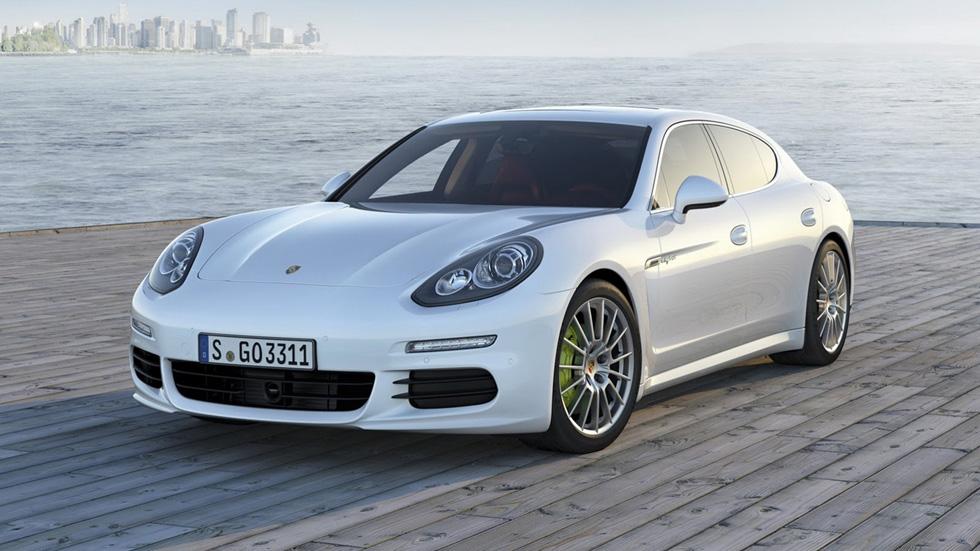Porsche Panamera 2014, el lujo deportivo se renueva