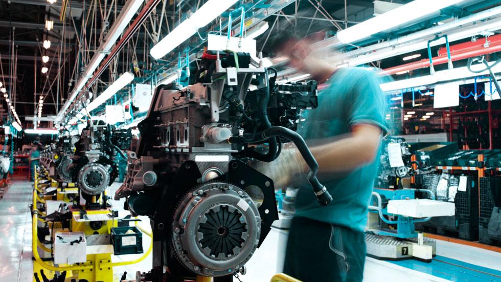 La producción en España cae un 16%