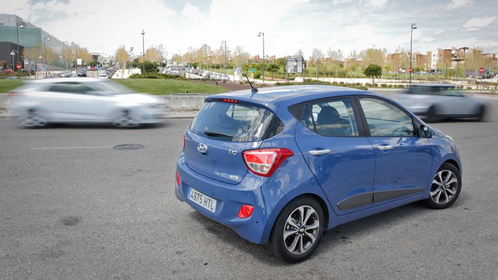 Prueba: Hyundai i10 1.2 MPi Style, a pie de calle