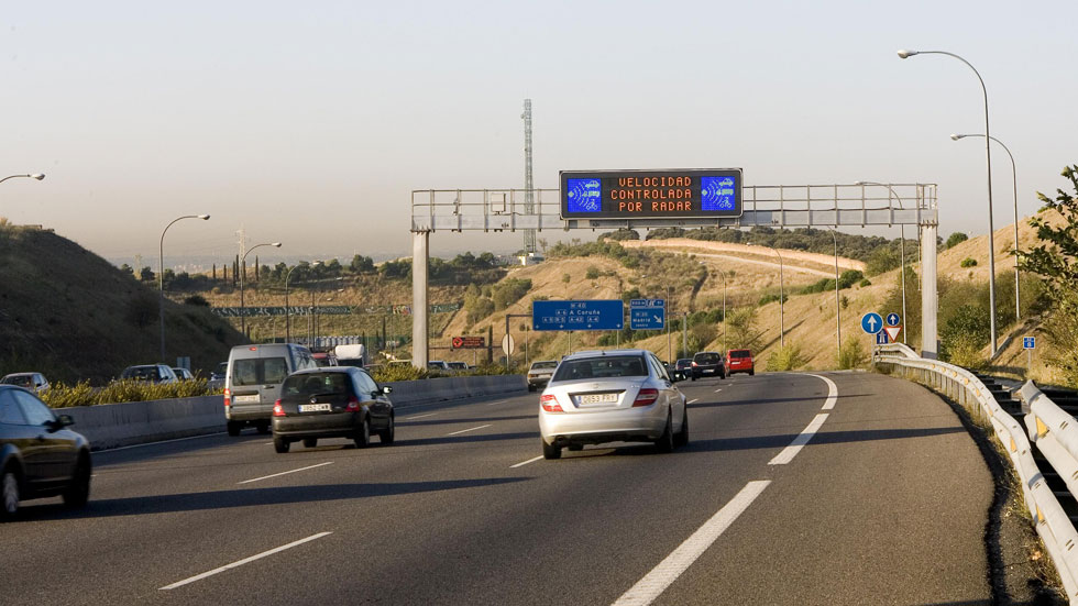 Los radares denunciarán si los coches tienen la ITV en vigor