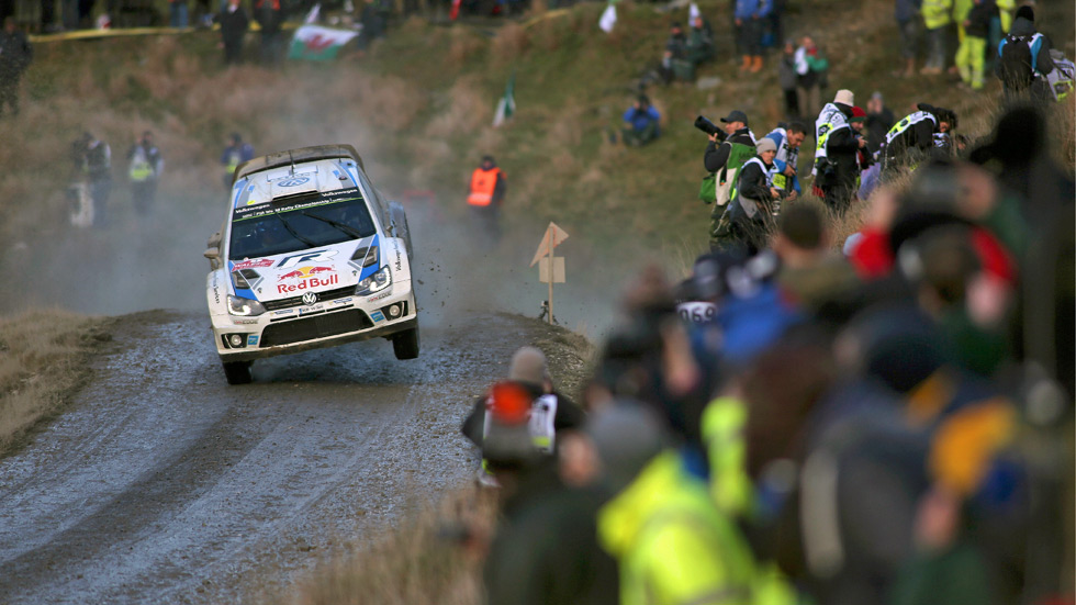 Rallye de Gales - sábado: Ogier despega ante un nuevo fallo de Latvala