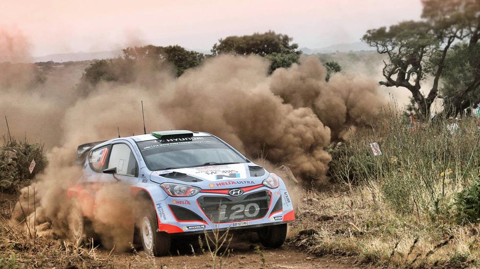 Rallye de Italia - sábado: Hayden Paddon no cede