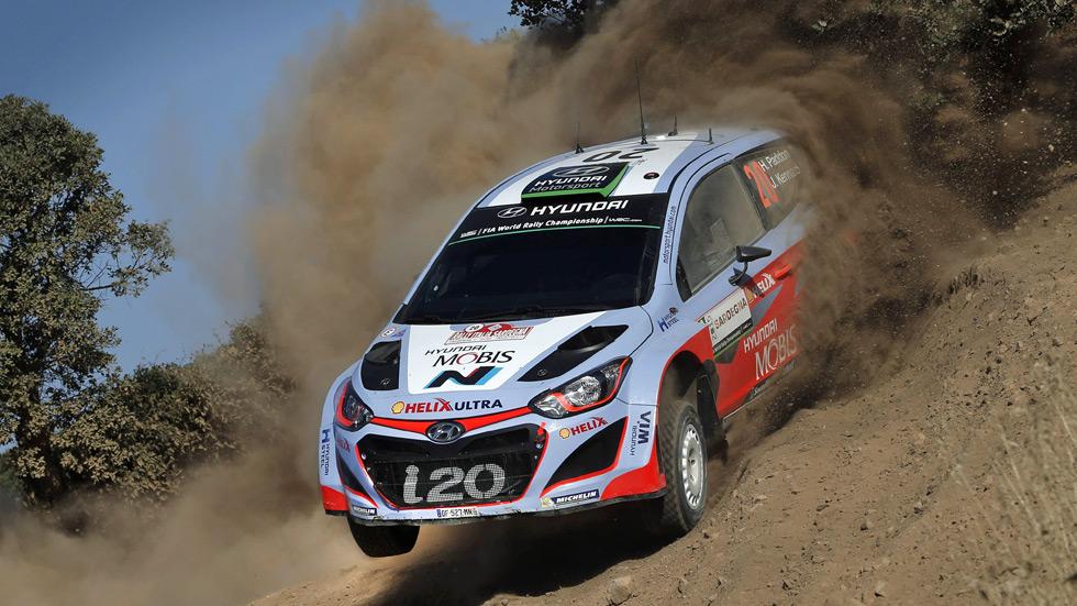 Rallye de Italia - viernes: Hayden Paddon, la sorpresa en Cerdeña