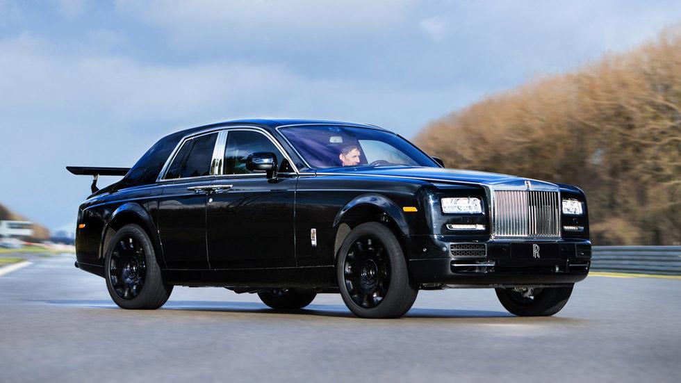 El futuro SUV de Rolls-Royce ya prueba su sistema de tracción 4x4