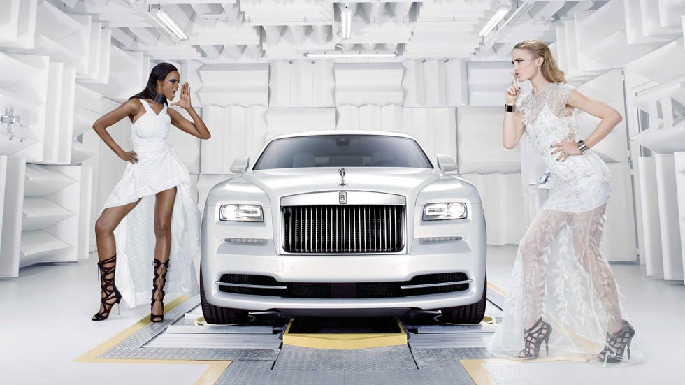 Rolls-Royce Wraith-Inspired by Fashion, alta costura artesanal