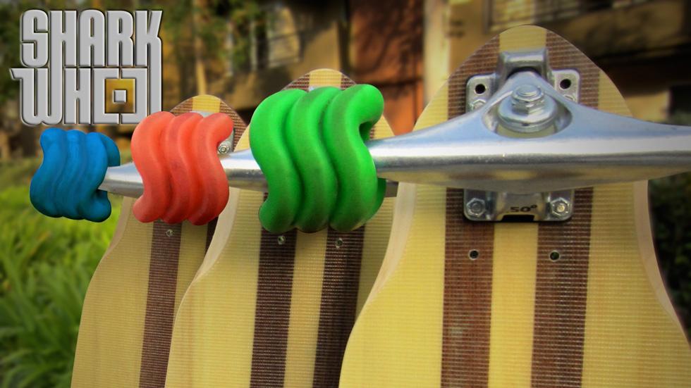Shark Wheel inventa la rueda... ¡cuadrada!