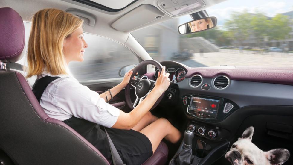 Sistema Siri Eyes Free, el Opel Adam controlado por voz