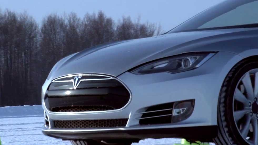 Tesla Model III, accesible para más bolsillos