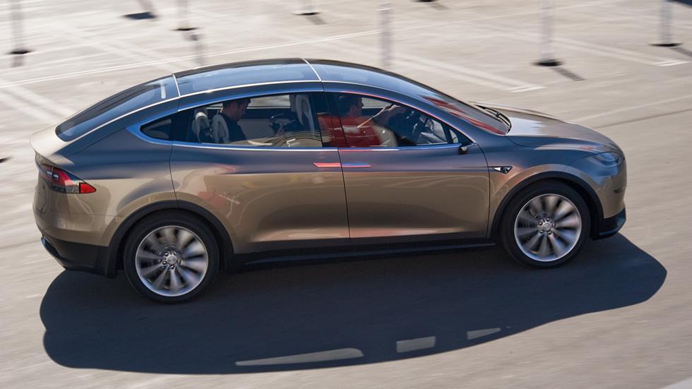 Tesla Model X, el SUV eléctrico de siete asientos