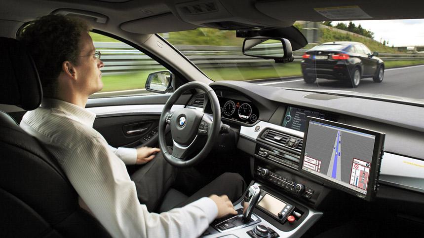 Todos los coches conducirán solos en 2046, según Morgan Stanley