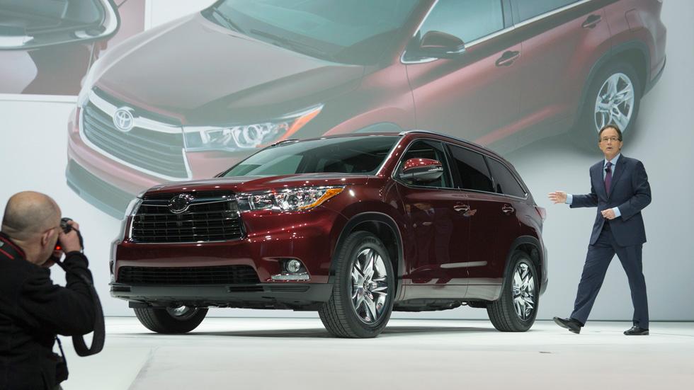Toyota Highlander 2014, ahora más moderno y refinado