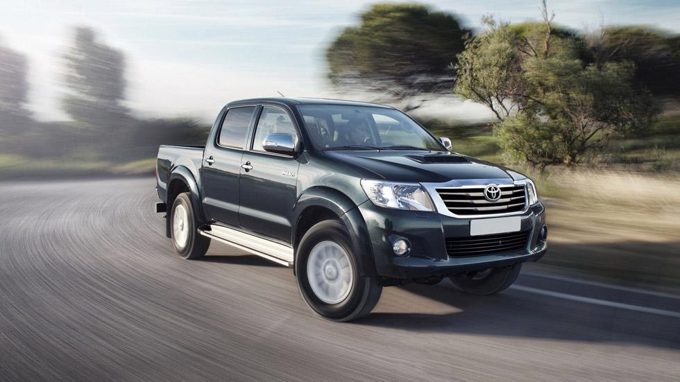 Toyota Hilux 2014, equipamiento ampliado