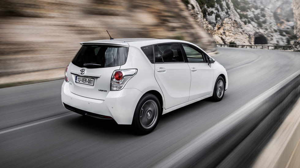 Contacto: Toyota Verso 2013, profundo restyling
