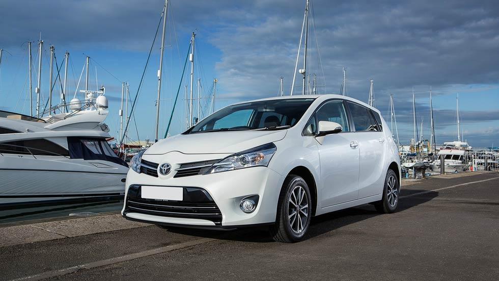 Toyota Verso 2015, más eficiente y equipado