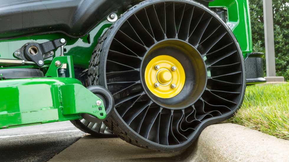 'Tweel', el neumático que no se pincha se producirá en serie