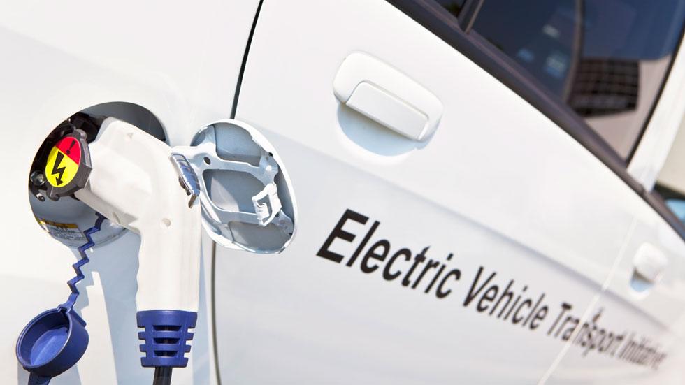 Las ventas de eléctricos se triplican