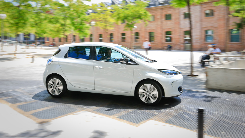 Las ventas de coches eléctricos, al alza un 85 por ciento en 2013