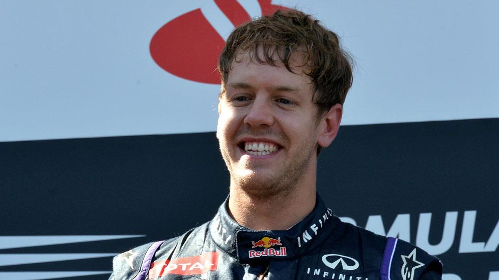 Vettel dice que 'la F1 está en lo más alto gracias a Ecclestone'