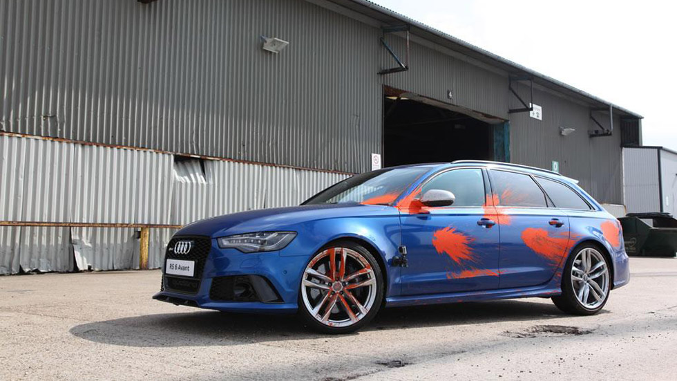 Vídeo: Guerra de pintura contra un Audi RS6 Avant