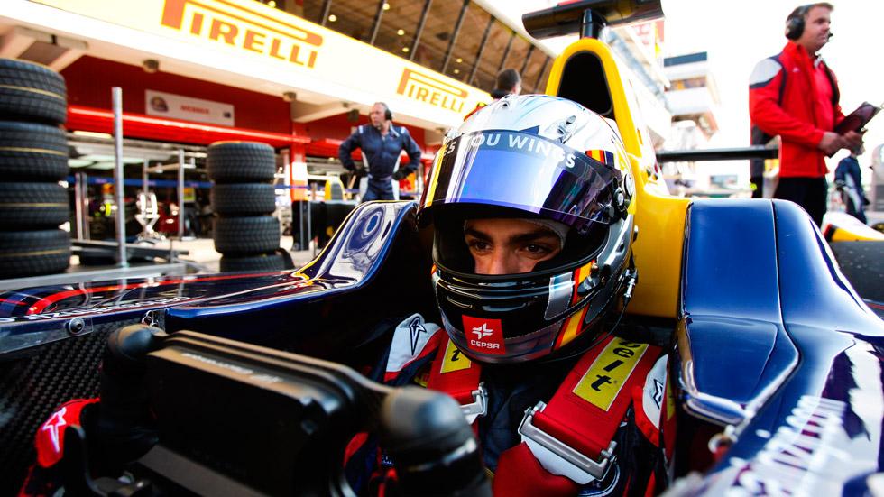 VIDEO: Carlos Sainz Jr: 'Dar el salto a la F1 con 19 años es muy prematuro'