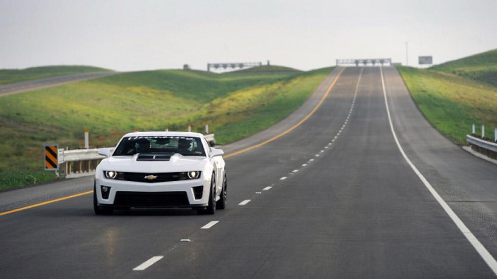 Vídeo: el Hennessey ZL1 Camaro 'vuela' en Texas a 326 km/h