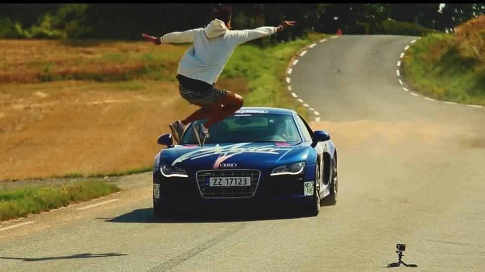 Vídeo: saltando sobre un Audi R8 a 150 km/h