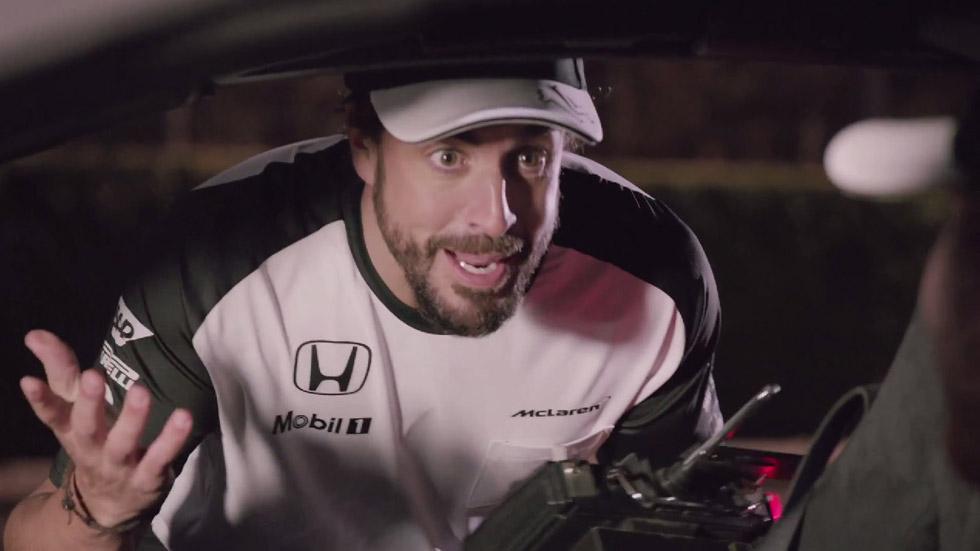 Vídeo: Alonso y Button parodian 'Regreso al futuro' con un McLaren 650S