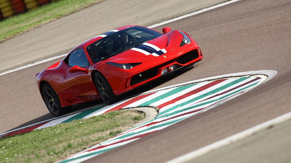Videoprueba: probamos el Ferrari 458 Speciale