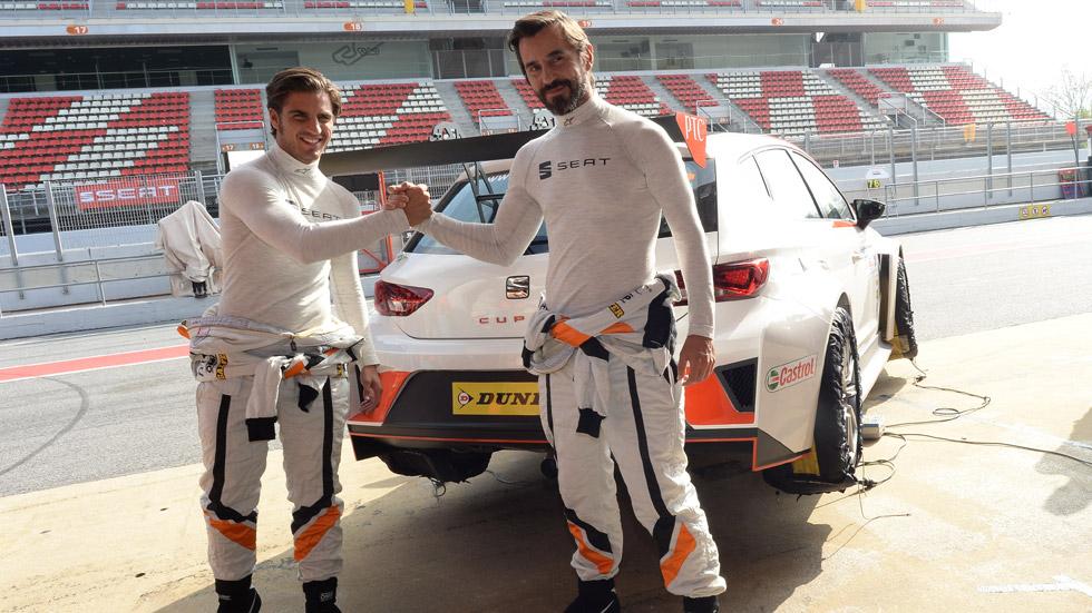 Vídeo: Maxi Iglesias se lleva el reto Seat León Cup Racer frente a Santi Millán