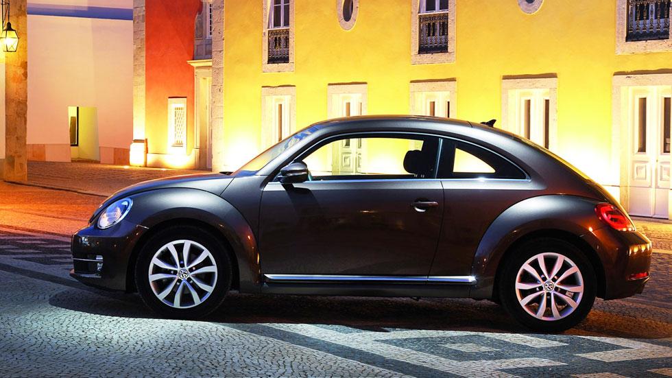 Volkswagen Beetle y Beetle Cabriolet 2015, el Escarabajo más eficiente