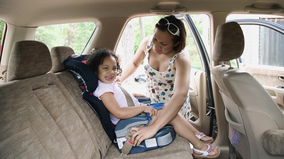 Volvo: 25 años del asiento infantil integrado