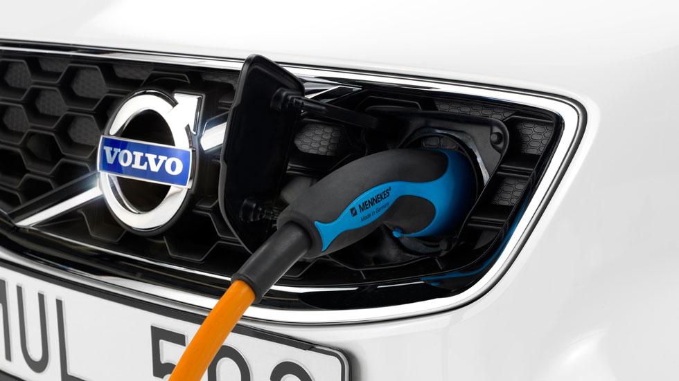 Volvo: la carga inalámbrica para eléctricos es segura